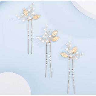 Collier en argent 925 sur fine chaîne  et d'un pendentif avec strass en cristal Swarovski et perle nacrée Swarovski blanche