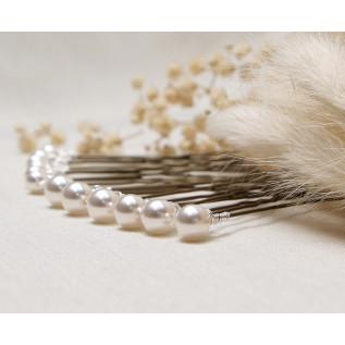 Collier sur fil nylon et plaqué argent composé de perles de verre nacrées ivoire et de boules incrustées de strass Swaro