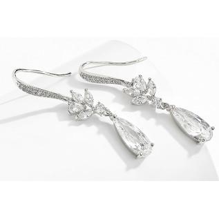 Pour vos mariages à thème, collier vintage de style victorien sur fine chaîne en laiton bronze (2.3 mm) composé de très