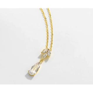 Pour vos mariages à thème, collier vintage de style victorien sur fine chaîne en laiton bronze (2.3 mm) composé de perle
